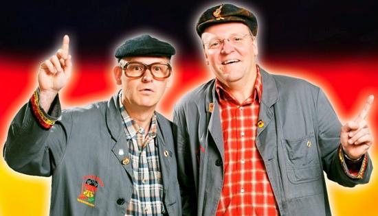 """Das Duo """"De Huusmeister vum Bundesdaach"""" das aktuelle politische Zeitgeschehen mit Witzen, Parodien und Gesang aufs Korn. Foto: Veranstalter/pp/Agentur ProfiPress"""